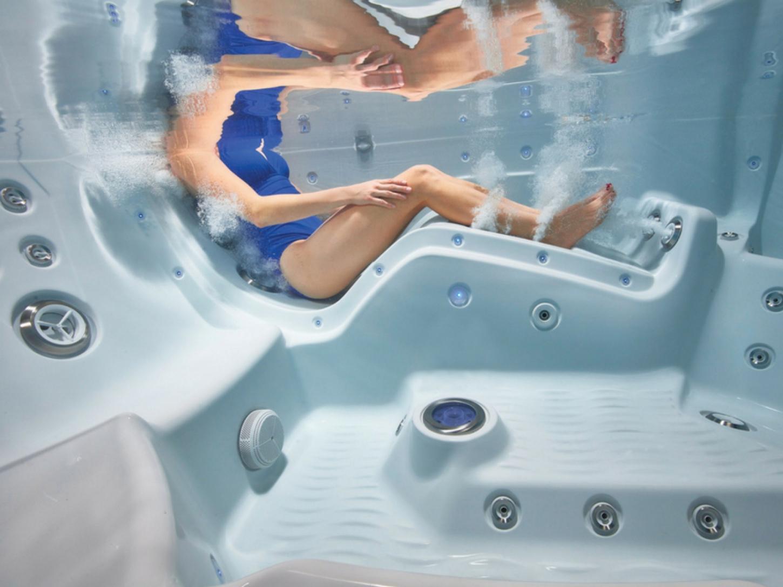 Whirlpool Bad Ervaringen : Bubbelbaden bij u thuis